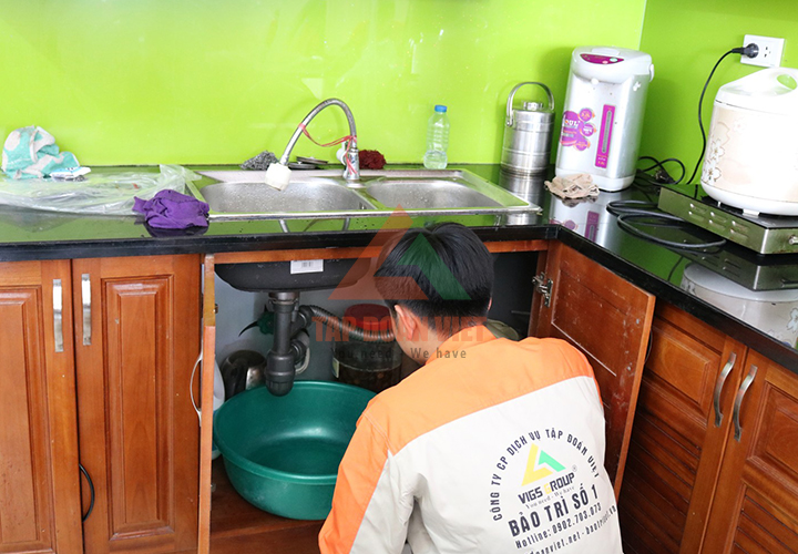 Thợ sửa máy lọc nước haohsing tại nhà - Tập Đoàn Việt