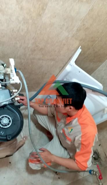 Dịch vụ sửa máy giặt LG nước xả không ngừng tai nhà