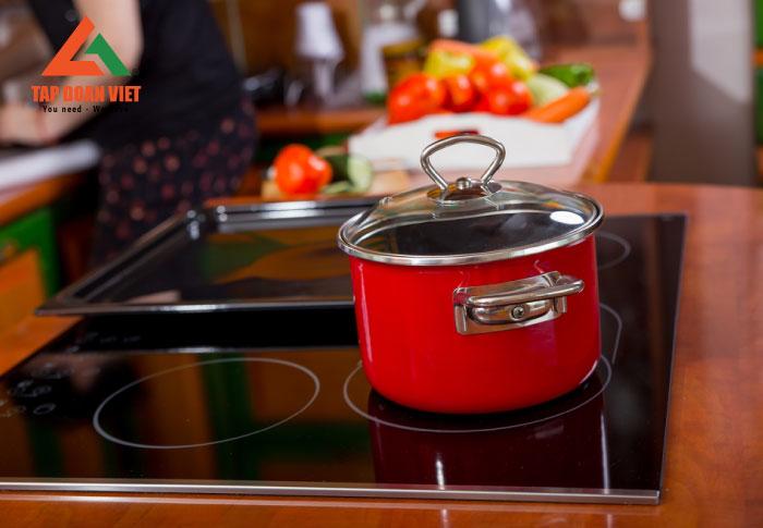 Sửa chữa bếp từ Sanaky tại nhà uy tín, hiệu quả