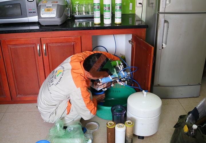 sửa máy lọc nước Coway tại nhà - Tập Đoàn Việt