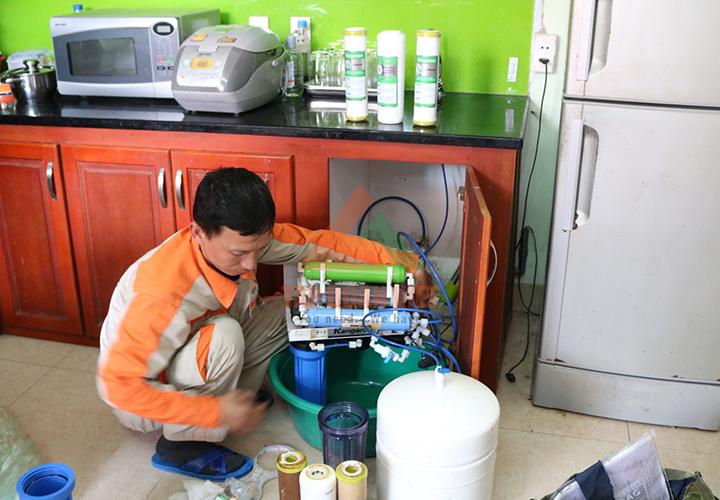 Dịch vụ sửa máy lọc nước Karofi tại nhà
